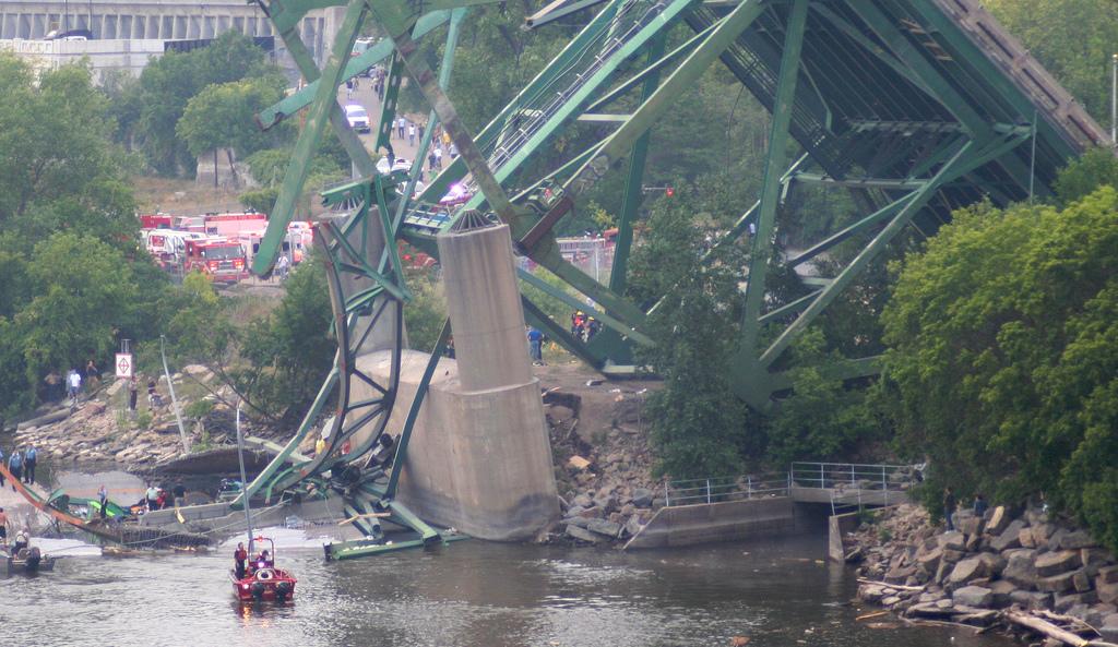 Bridge collapse in Italy