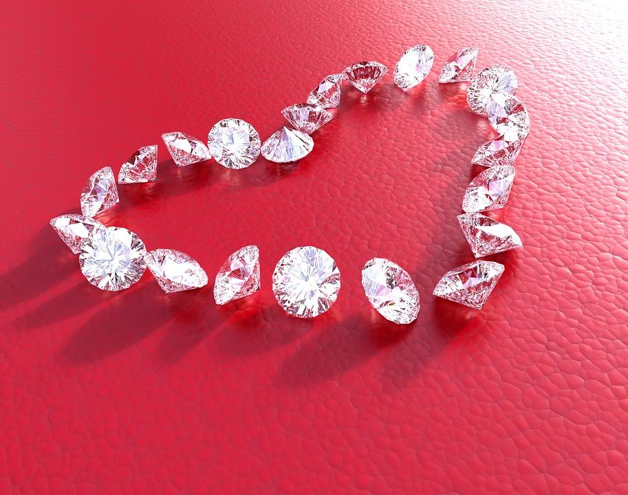 Truffa dei diamanti: come avere il risarcimento?