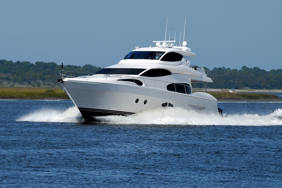 Contrabbando doganale: le norme per gli yachts