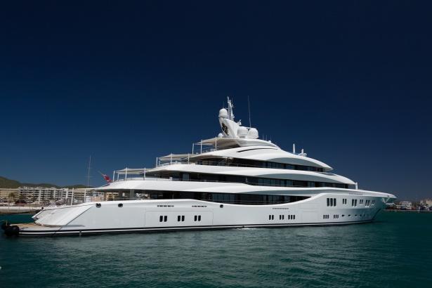 Comprare barca all'estero: la normativa da conoscere