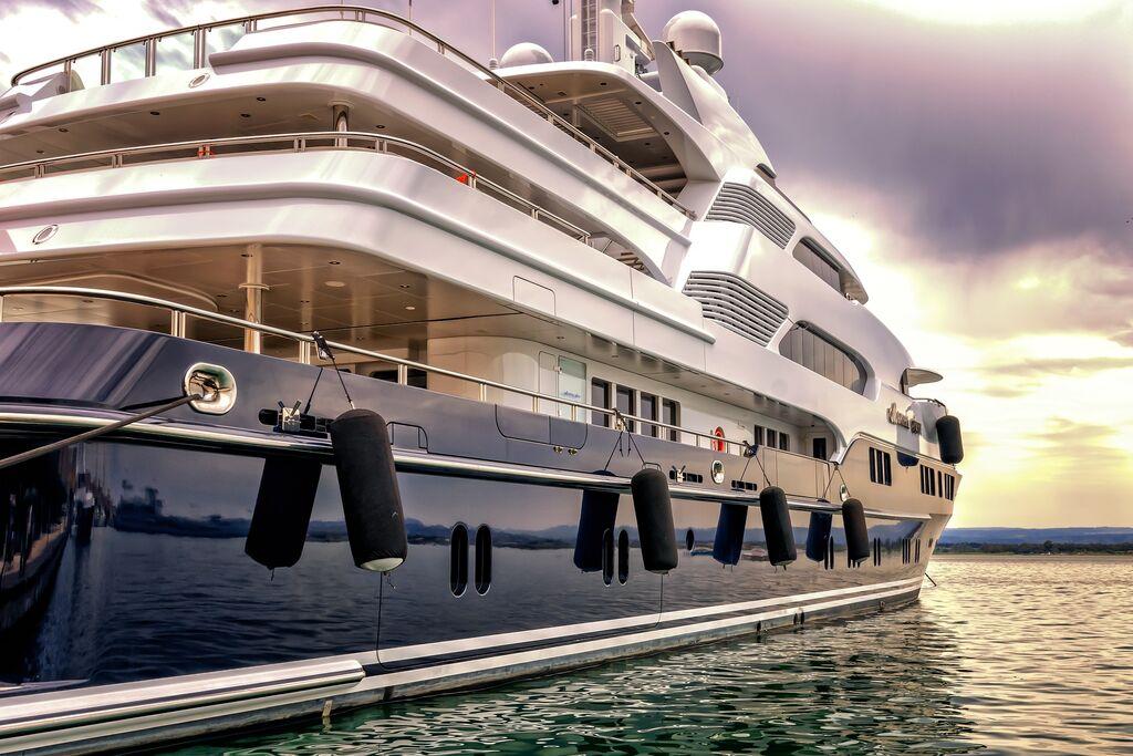 Yacht extra lusso Extra UE: le regole di ammissione temporanea in UE